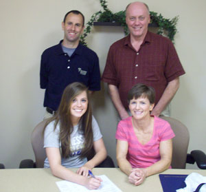 Pictured with Allison Bryant are her parents Larry and Kelly Miller and TWC Head Coach Shawn Jakubowski