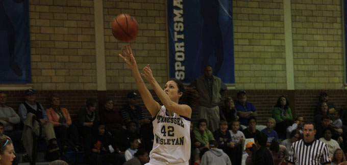 Michelle Davis scored 14 points and pulled down 12 rebounds